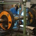 Réparation d'une portée de roulement d'un double engrenage arbré diamètre 800 longueur 2700 mm