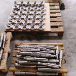 ensemble pignon conique et arbre cannelée travail en série de 50 P.