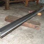 base pour plieuse longueur 3 M. fraisé en acier dur