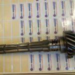 boite de vitesse simca panhard Pignon arbré triple denture acier 16 NC 6 D 64/232 tourné fraisé sur centre d'usinage taillé cementé trempé 54 hrc rectifié cylindrique au modèle pas de rectification de denture SIMCA REP 1