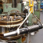Roue à vis bronze UE12 De 800 61 dents module 11 + vis sans fin module 11 2 entrées pour arcellormittal