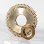 roue dentée Engrenage faciale + un petit pignon conique.