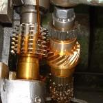 Taillage d'un engrenage bronze hélice à 45 ° engrenage concourent