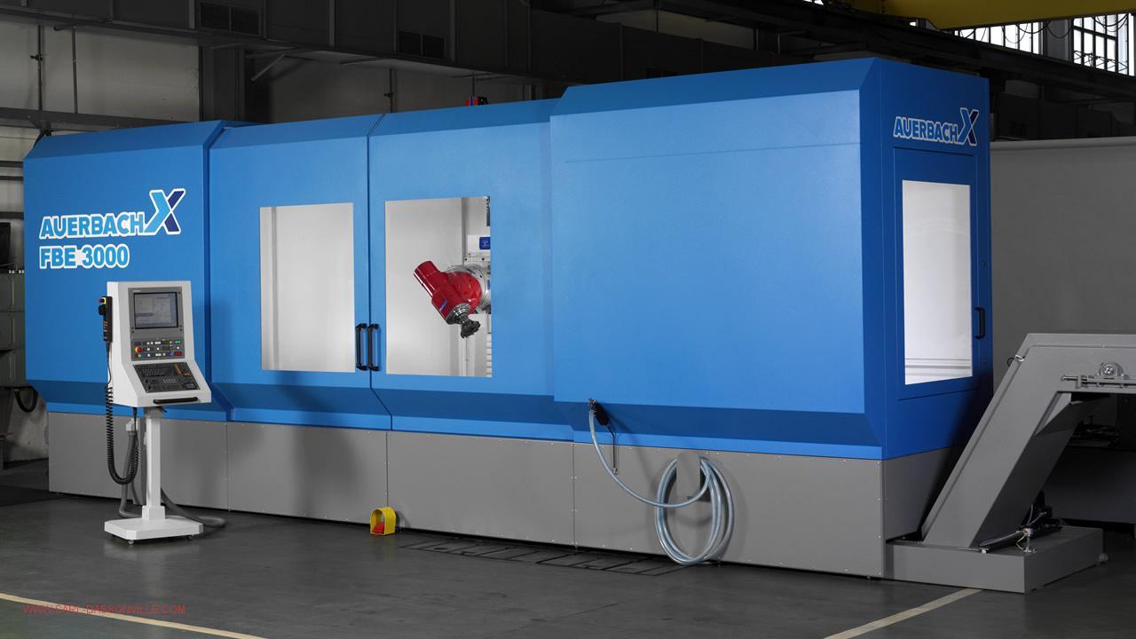 Centre d'usinage 5 axes continu AUERBACH FBE 3000 Avec une capacité d'usinage de X 3000 mm. Y 1000 mm. Z 1500 mm. arrosage par le centre 30 bar changeur d'outils 72 outils règle de précision sur les 3 axes et compensateur thermique