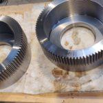 Pignon moteur acier 40 CMD 8T D 19250.5 tourné CN mortaisé entre deux dent taillé gravé nitruré suivant plan M1550A_152